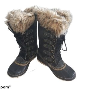 Sorel Joan of Arctic Winter Boots Size 8